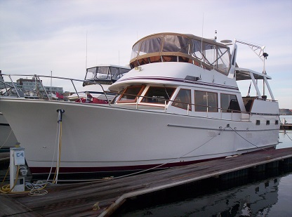 Green Turtle 3 port exterior